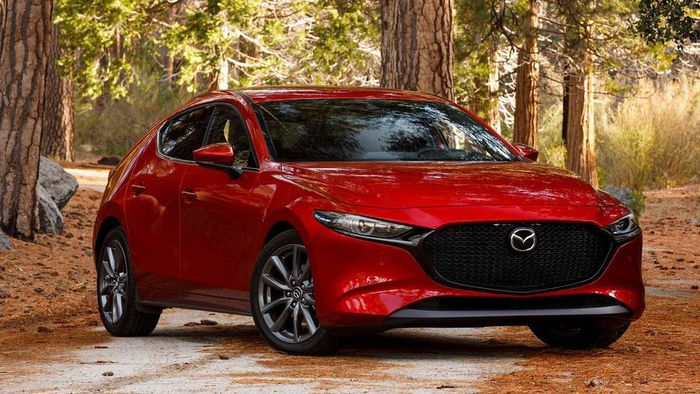 Mazda 3 2019 giá lăn bánh