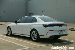 Phần đuôi xe cũng là điểm nhấn chính trong ngôn ngữ thiết kế của Lux A2.0