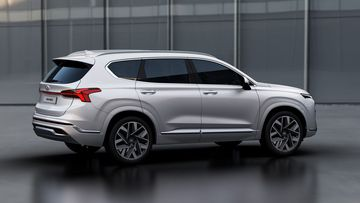 2021 hyundai santa fe 7 4 095702 Đánh giá sơ bộ xe Hyundai Santa Fe 2021