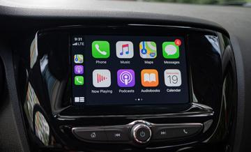 Màn hình giải trí của VinFast Fadil 2021 có kết nối Apple CarPlay