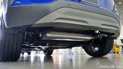 Ống xả của Hyundai Kona 2021 được giấy kín dưới gầm