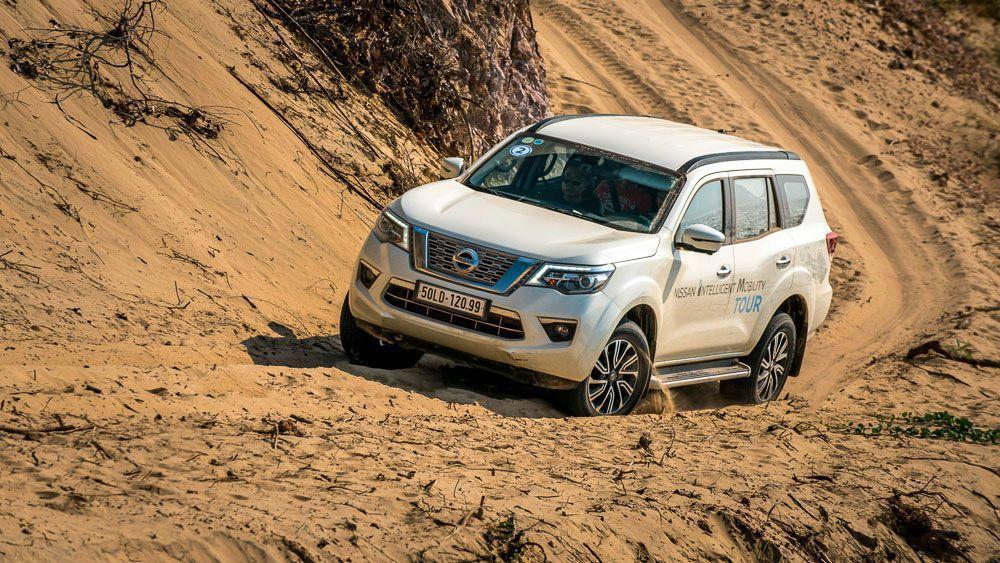 Nissan Terra 2019 giảm 28 triệu đồng từ ngày 3/5