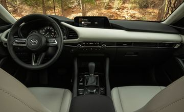 Danh gia nhanh Mazda3 the he moi sap ra mat tai Viet Nam