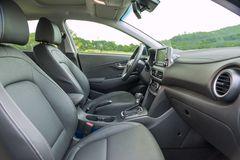 Hàng ghế đầu trên Hyundai Kona 2021