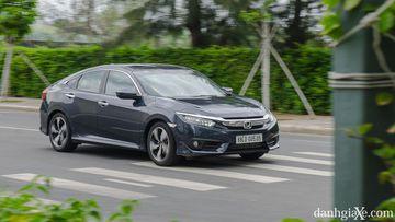 Honda Civic hiện đang được nhập khẩu từ Thái Lan trong khi các đối thủ sản xuất trong nước