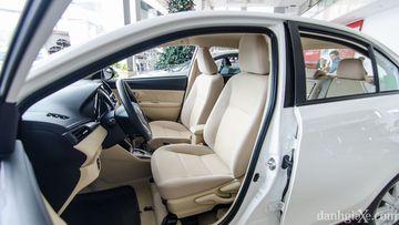 Hàng ghế trước Toyota Vios E CVT 2017