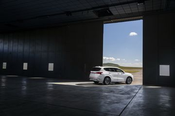 2021 hyundai santa fe 18 2 095805 Đánh giá sơ bộ xe Hyundai Santa Fe 2021