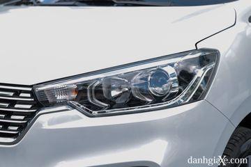 Cụm đèn pha halogen có bi cầu của Suzuki Ertiga 2021