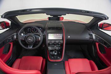 Danh gia so bo xe Jaguar F-Type Convertible R-Dynamic 2.0L 2021