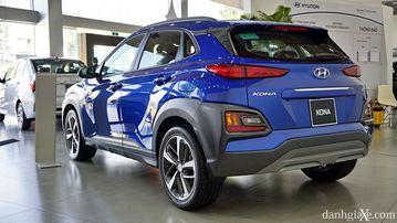 Phần đuôi xe tạo nên tổng thể cơ bắp cho Hyundai Kona