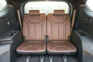 Hàng ghế thứ 3 trên Hyundai Santa Fe 2021