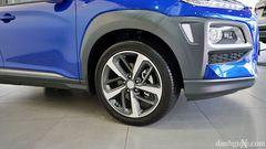 Mâm xe hợp kim 5 chấu kép trên phiên bản Hyundai Kona 1.6 Turbo