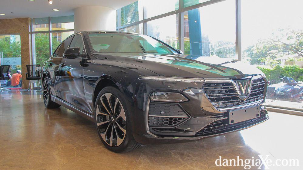VinFast LUX A2.0 bán chạy nhất phân khúc sedan hạng D