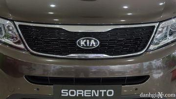 Với dòng KIA Sorento cận cao cấp này, chúng tôi khuyên sử dụng dòng dầu nhớt ô tô cao cấp, chuyên dụng cho xe máy xăng : Grand Touring 5W-40 SN/CF.
