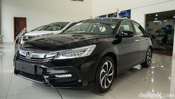 Honda Accord được Honda Việt Nam giảm giá khủng cuối năm