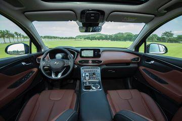 Tổng thể khoang lái Hyundai Santa Fe 2021