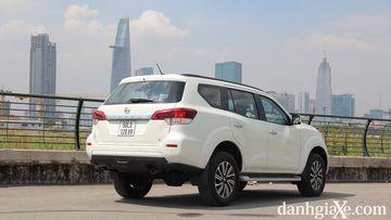Đánh giá chi tiết Nissan Terra 2019
