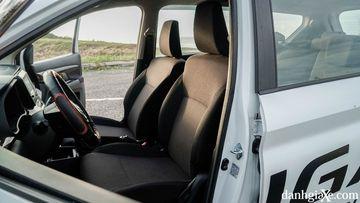 Hàng ghế đầu của Suzuki Ertiga 2021