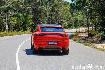 danhgiaxe.com porsche cayenne coupe 2020 gia 5 06 ty viet nam 3 180501