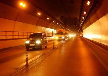 hầm đường bộ