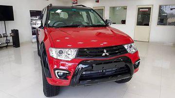 Mitsubishi Pajero Sport với phiên bản mới Select Plus