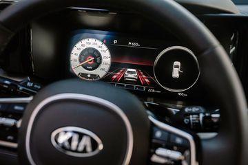 Giao diện hiển thị khi chọn chế độ lái Thể thao (Sport mode)