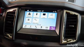 SYNC 3 – hệ thống kết nối trên xe hơi của Ford – sẽ cho phép người lái nhận các cuộc gọi, nhắn tin, nghe nhạc và khởi động các ứng dụng hỗ trợ mà không gây xao nhãng khi tham gia giao thông