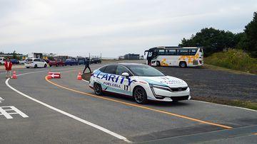 Clarity FCV phiên bản đua đem lại những trải nghiêm khó quên, dễ dàng thay đổi quan điểm số đông về những chiếc xe điện tưởng chừng nhàm chán.