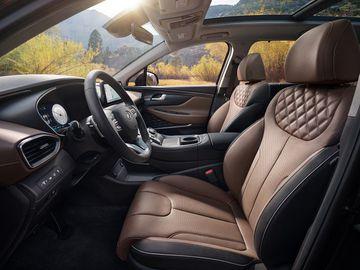 Hàng ghế đầu trên Hyundai Santa Fe 2021