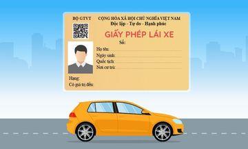 Giấy phép lái xe theo mẫu mới có mã hai chiều (QR) phía dưới dòng chữ Bộ GTVT.
