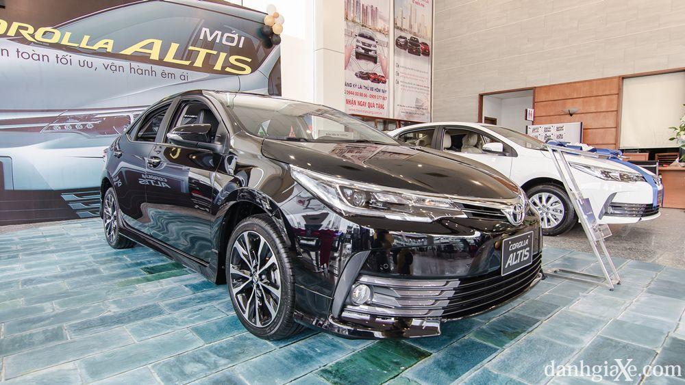 Đánh giá sơ bộ xe Toyota Corolla Altis 2018
