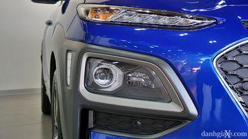 Đèn pha Hyundai Kona 2021 có bi cầu projector
