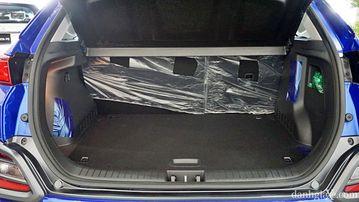 Khoang hành lý Hyundai Kona 2021