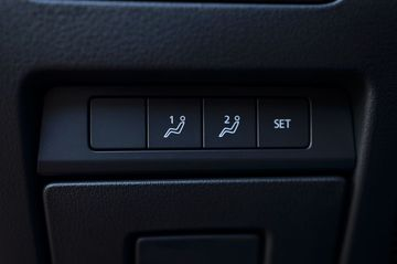 Danh gia so bo xe Mazda 3 2020