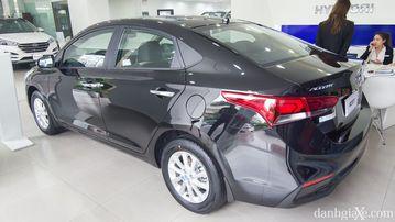 Thân và đuôi xe Hyundai Accent 1.4MT 2018