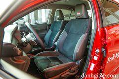 Hàng ghế trước thiết kế thể thao trên Toyota Vios GR-S