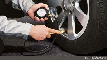 Áp suất lốp thay đổi như thế nào ?