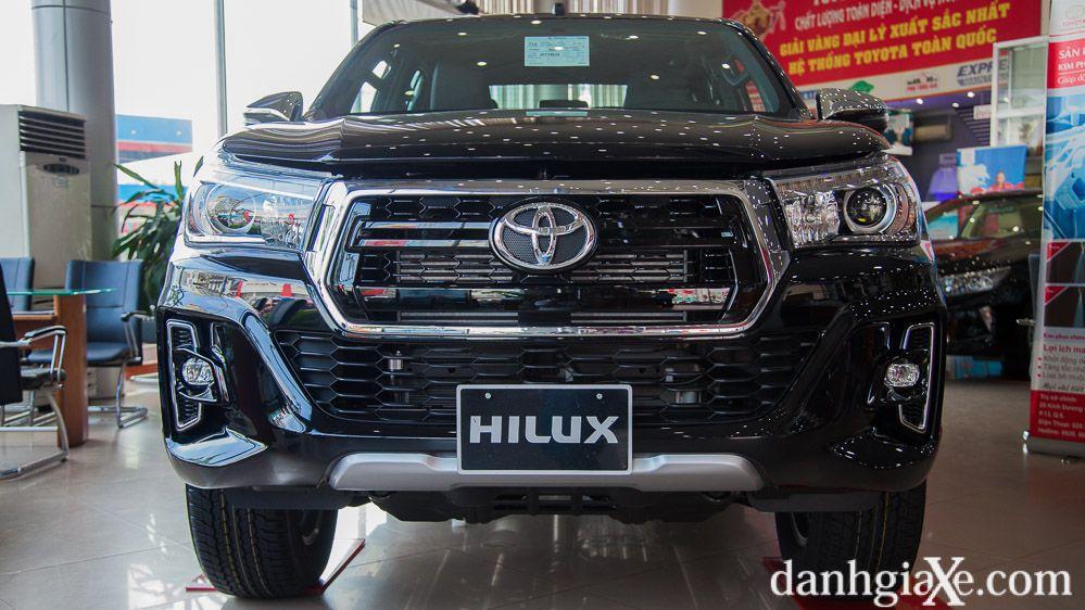 Đánh giá sơ bộ Toyota Hilux 2018 - 2019