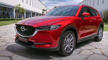 Mazda CX-5 là mẫu C-SUV sở hữu nhiều trang bị an toàn cao cấp từ bộ công nghệ Mazda i-ActivSense