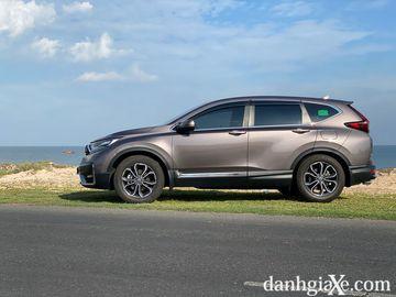 Honda CR-V 2021 trang bị la-zăng kích thước 18 inch 5 chấu