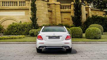 Danh gia so bo xe Mercedes-Benz E 350 AMG 2019